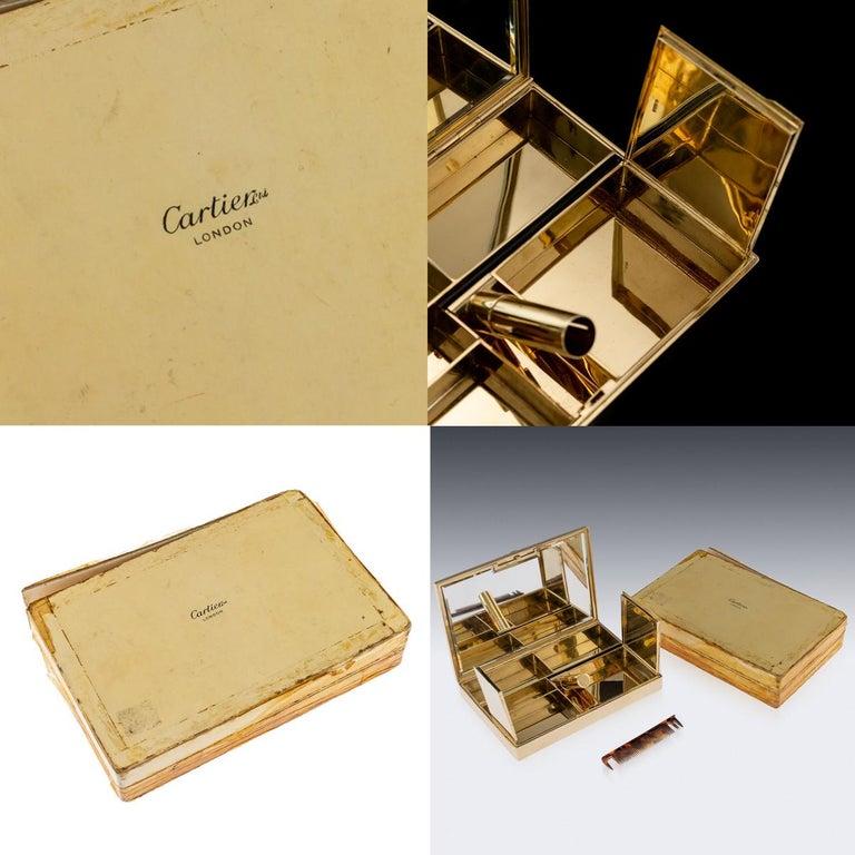 Antique 20th Century Cartier Art Deco 9-Karat Gold, Sapphires, Diamonds, Compact For Sale 6