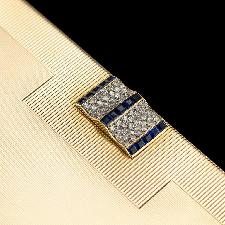 Antique 20th Century Cartier Art Deco 9-Karat Gold, Sapphires, Diamonds, Compact For Sale 1