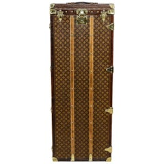 """Antique 20th Century Extremely Rare Louis Vuitton """"Male Penderie"""" Trunk"""