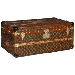 "Antique 20th Century Rare Louis Vuitton ""Malle Aero"" Trunk, Paris, circa 1920"