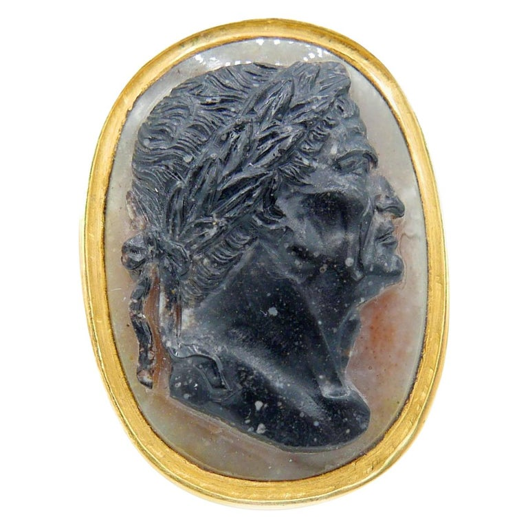 Antique 22 Karat Yellow Gold Hardstone Agate Cameo Roman Emperor Ring For Sale
