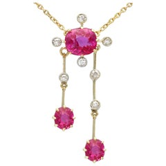 Antique 2.29 Carat Ruby and Diamond Yellow Gold Necklace, circa 1900