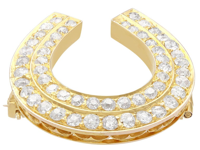 Round Cut Antique 2.36 Carat Diamond and 9k Yellow Gold Horseshoe Brooch, Circa 1890 For Sale