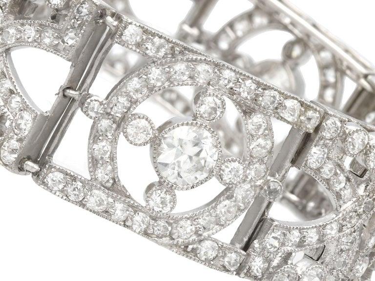 Antique 24.66Ct Oval Cut Opal and 9.81Ct Diamond Platinum Bracelet For Sale 5