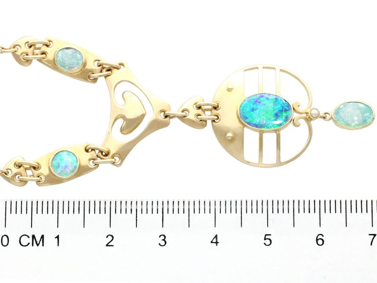Women's or Men's 2.62 Carat Opal and Yellow Gold Necklace by Murrle Bennet & Co, circa 1900 For Sale