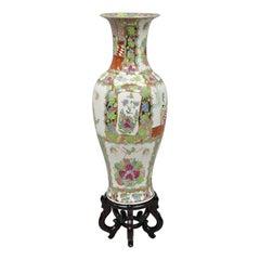 Antique 32 034 Chinese Famille Rose Porcelain Urn Vase Vessel Temple Jar on B