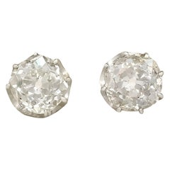 Antique 3.20 Carat Diamond Yellow Gold Stud Earrings