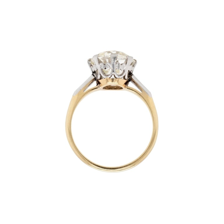 Antique 3.42 Carat Old Cushion Cut Diamond Engagement Ring, circa 1910 In Good Condition For Sale In London, GB