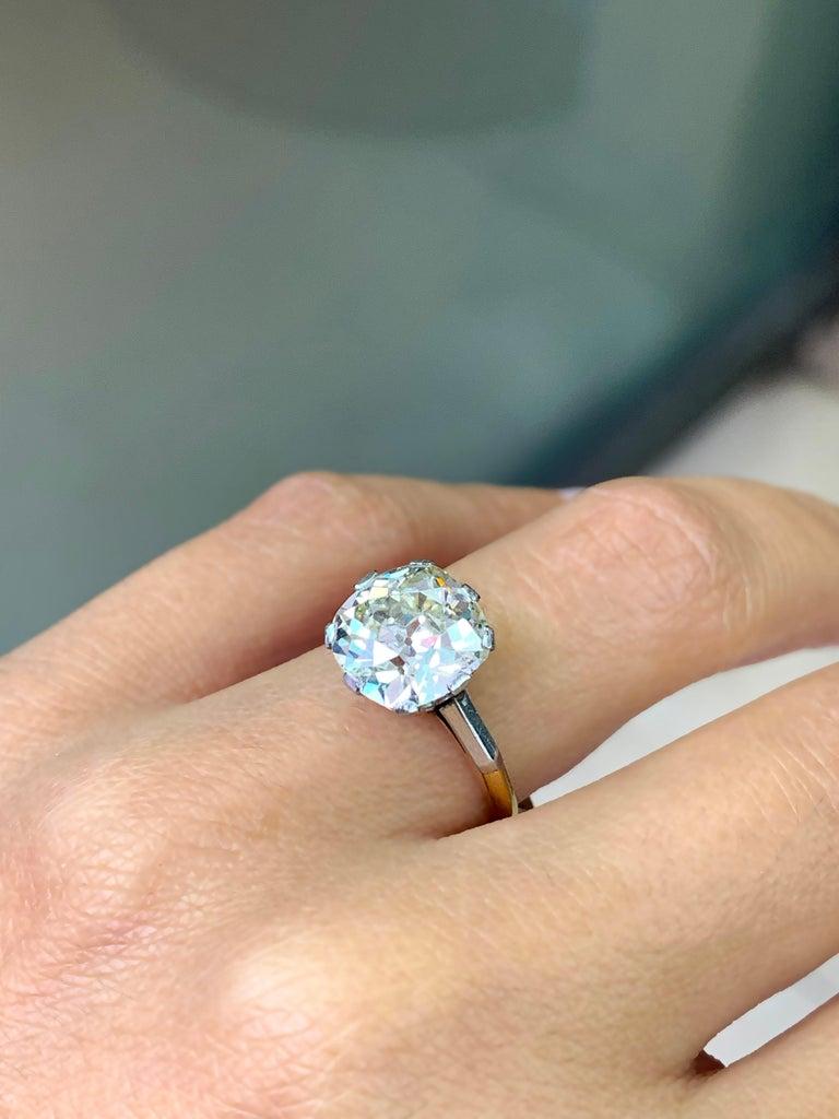 Antique 3.42 Carat Old Cushion Cut Diamond Engagement Ring, circa 1910 For Sale 1