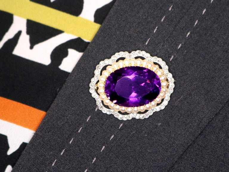 Antique 34.49 Carat Amethyst and 2.95 Carat Diamond Pearl and Yellow Gold Brooch For Sale 5