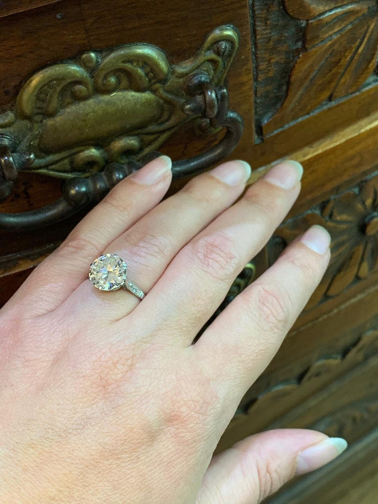 Antique 4.11 Carat Old Cut Diamond Engagement Ring, circa 1910 For Sale 1
