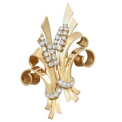 Antique 4.32 Carat Diamond and Yellow Gold Double Clip Brooch Circa 1930