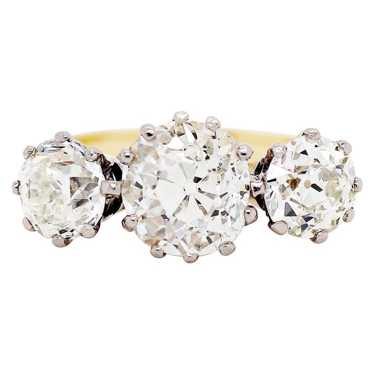 Antique 4.61 Carat Old Cut Diamond Three-Stone 18 Carat Gold Engagement Ring For Sale