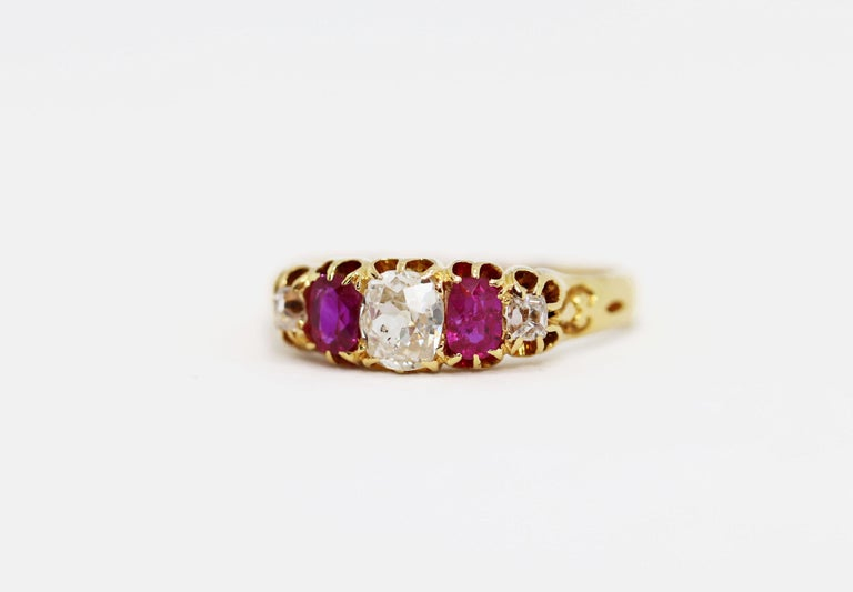 Late Victorian Antique 5-Stone Ruby and Old Cut Diamond Ring, circa 1880 For Sale