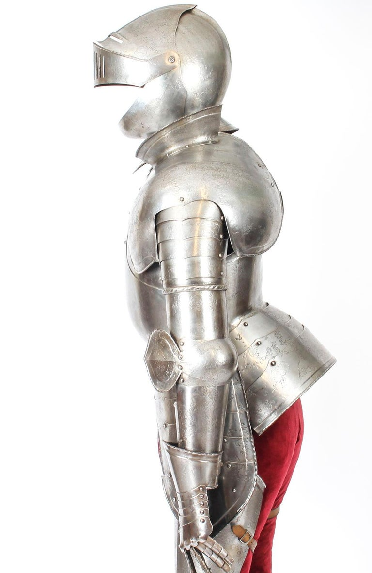 Antique Complete Set of Greenwich Style Tudor Armour, Early 20th Century For Sale 7