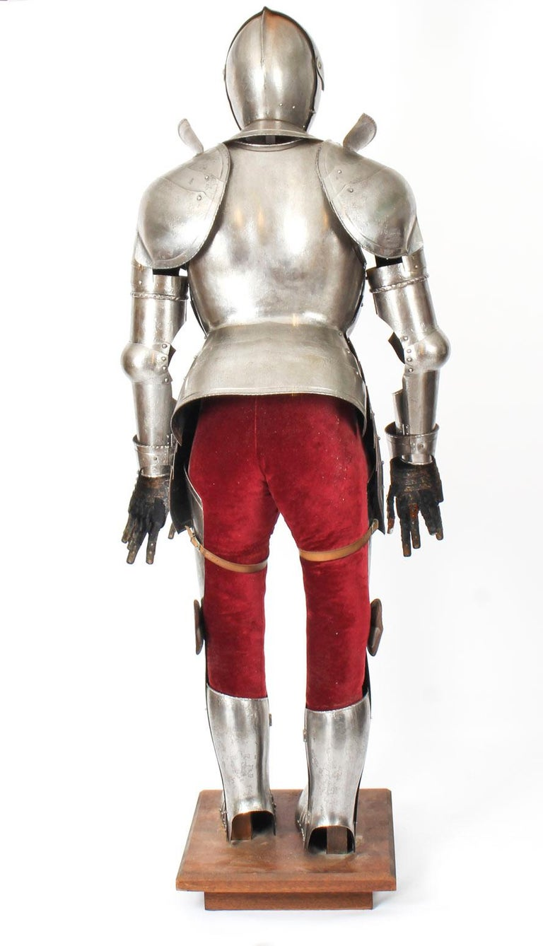 Antique Complete Set of Greenwich Style Tudor Armour, Early 20th Century For Sale 8