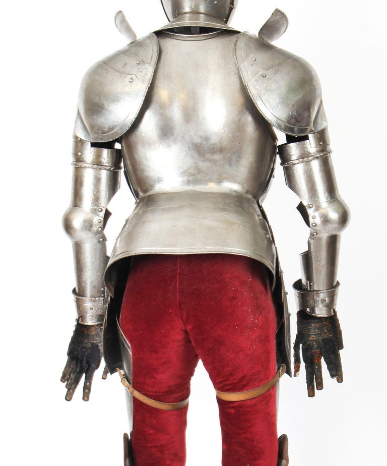 Antique Complete Set of Greenwich Style Tudor Armour, Early 20th Century For Sale 10