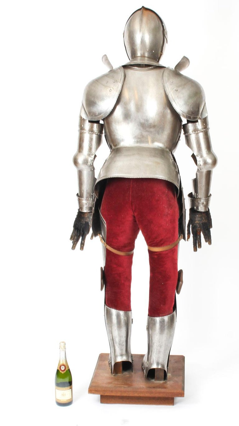 Antique Complete Set of Greenwich Style Tudor Armour, Early 20th Century For Sale 12
