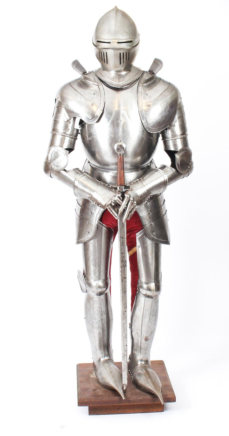 Antique Complete Set of Greenwich Style Tudor Armour, Early 20th Century For Sale 13