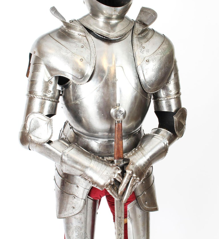 Other Antique Complete Set of Greenwich Style Tudor Armour, Early 20th Century For Sale