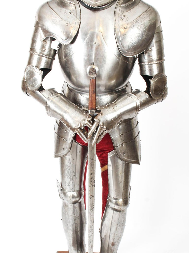 Antique Complete Set of Greenwich Style Tudor Armour, Early 20th Century For Sale 1