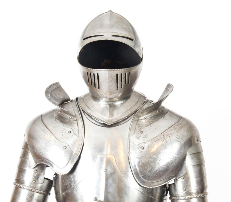 Antique Complete Set of Greenwich Style Tudor Armour, Early 20th Century For Sale 3
