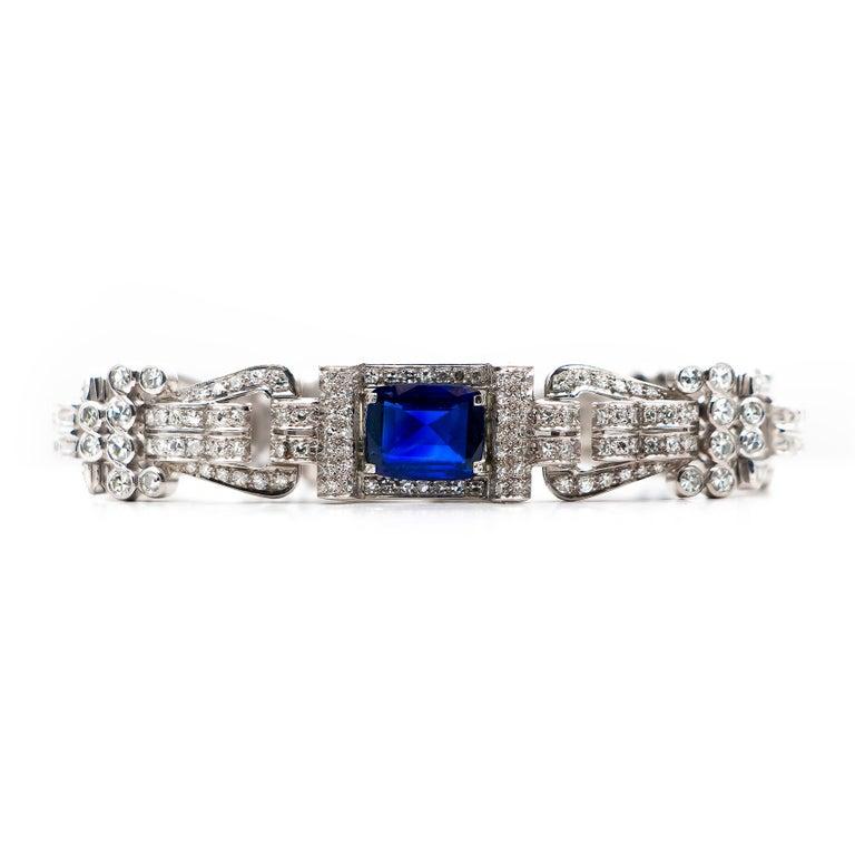 Art Deco Antique 8 Carat Blue Sapphire Bracelet with 12 Carat of Diamonds, 1930s For Sale