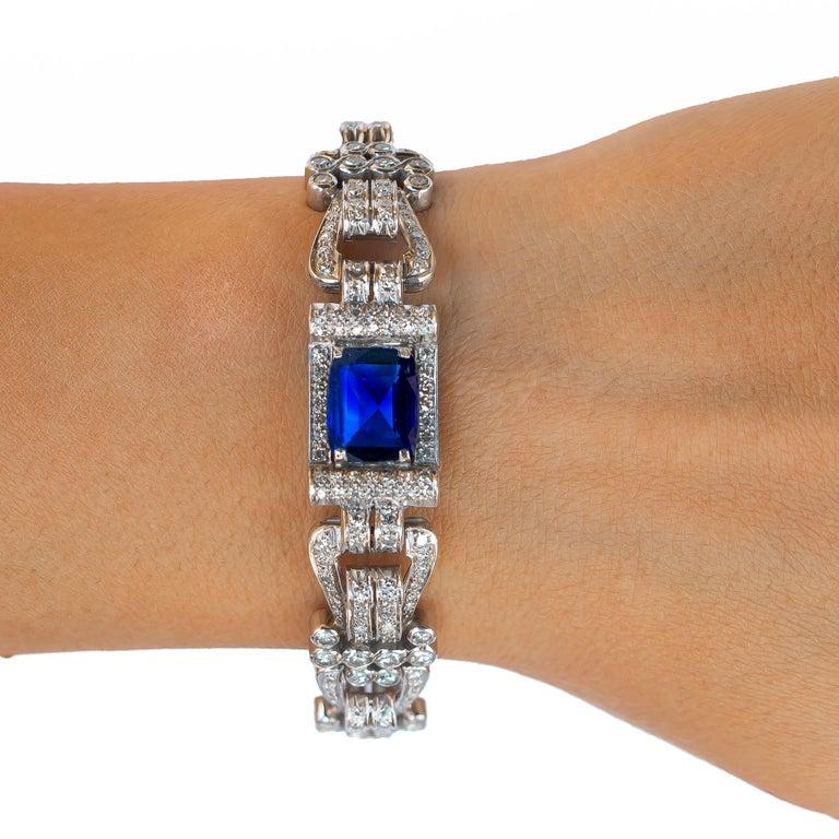 Cushion Cut Antique 8 Carat Blue Sapphire Bracelet with 12 Carat of Diamonds, 1930s For Sale