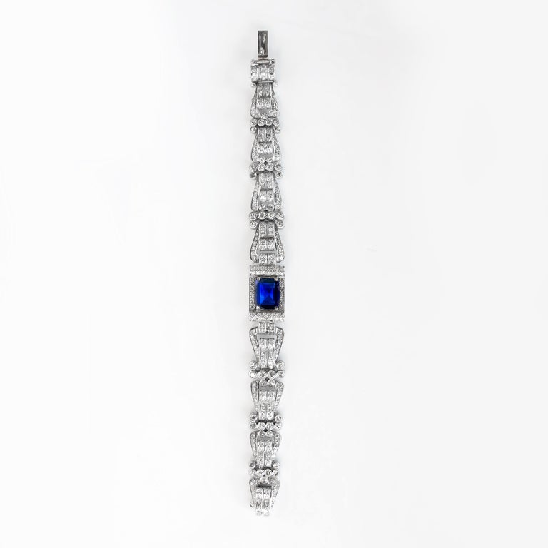 Antique 8 Carat Blue Sapphire Bracelet with 12 Carat of Diamonds, 1930s In Good Condition For Sale In Carlsbad, CA