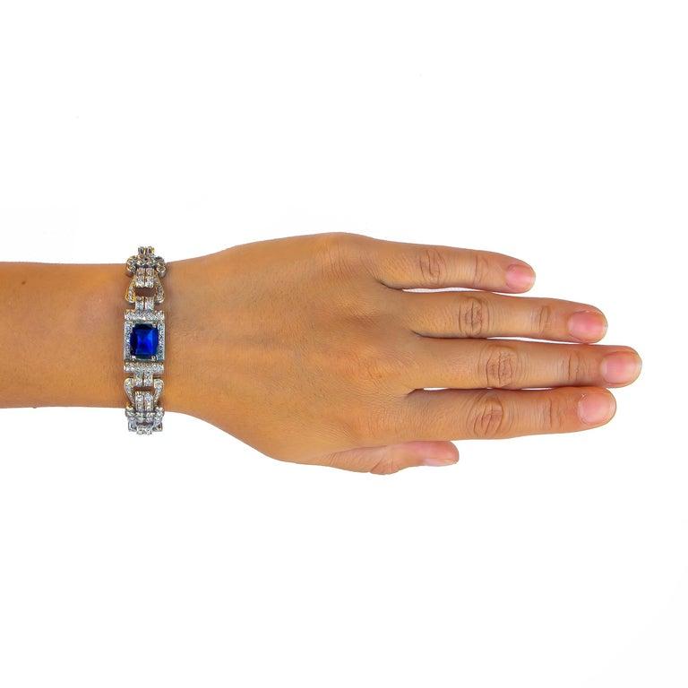 Women's or Men's Antique 8 Carat Blue Sapphire Bracelet with 12 Carat of Diamonds, 1930s For Sale