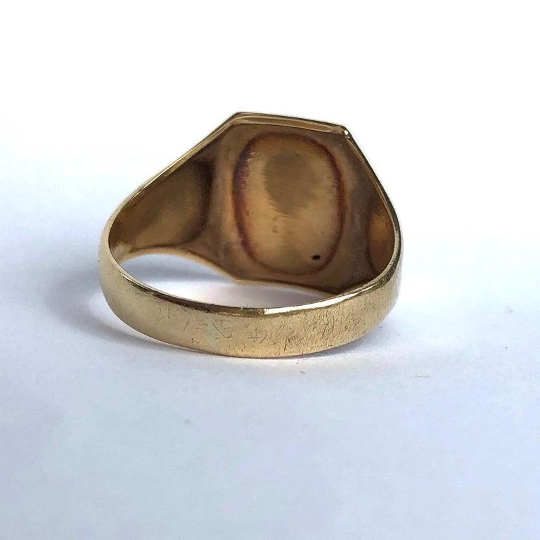 Edwardian Antique 9 Carat Gold Signet Ring For Sale