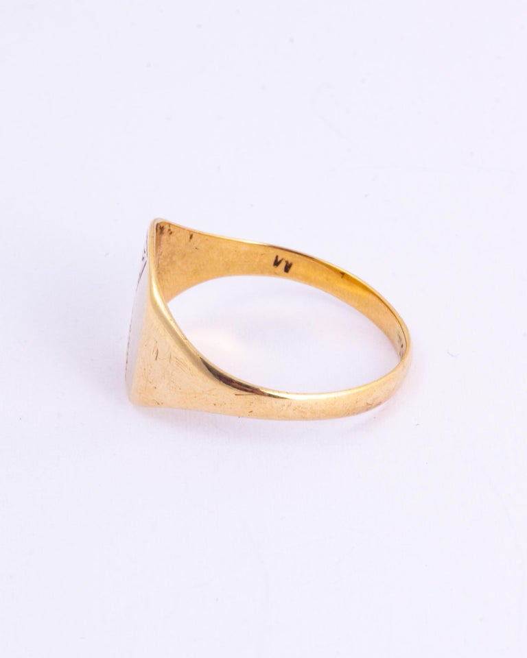 Modern Antique 9 Carat Gold Signet Ring For Sale
