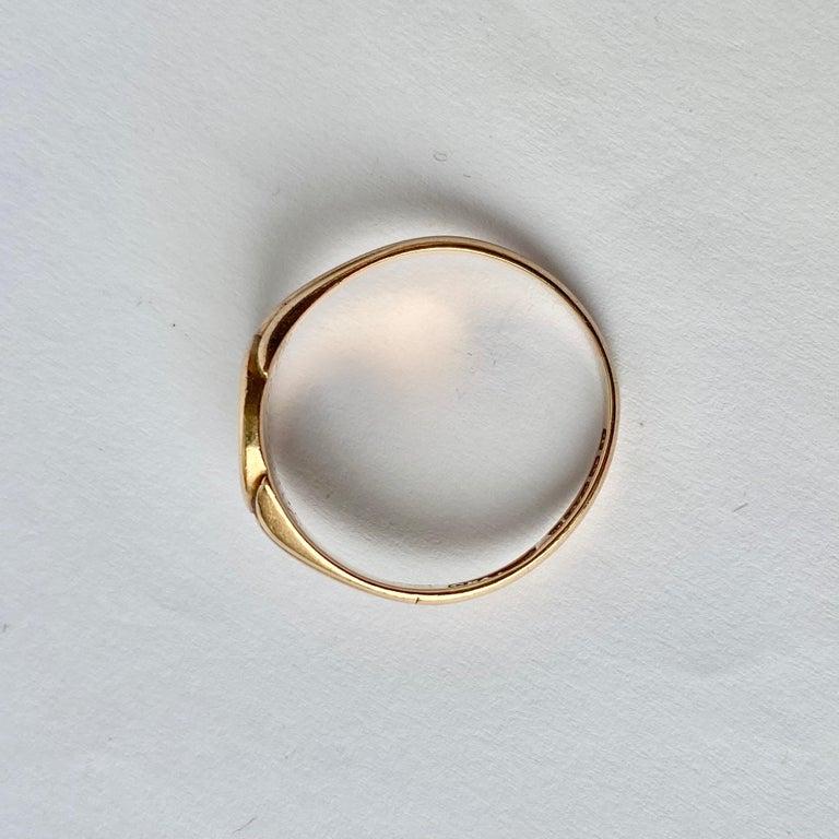 Modern Antique 9 Carat Gold Signet Ring For Sale