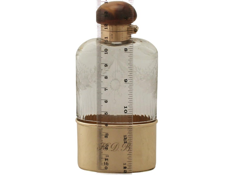 Antique Acid Etched Cut Glass and Yellow Gold Hip Flask 5