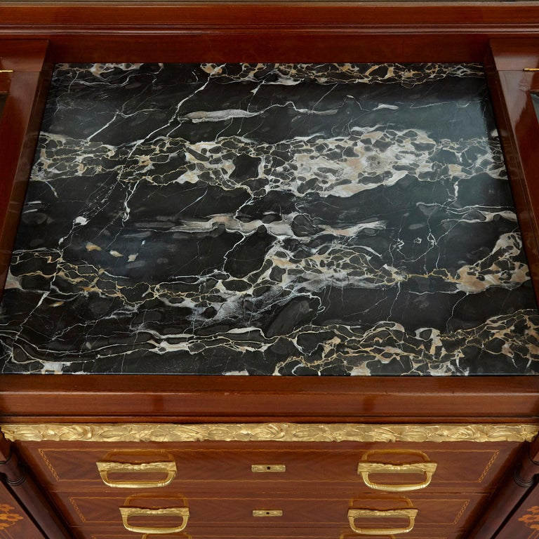 Antique Aesthetic Style Marquetry and Gilt Bronze Dressing Table For Sale 1