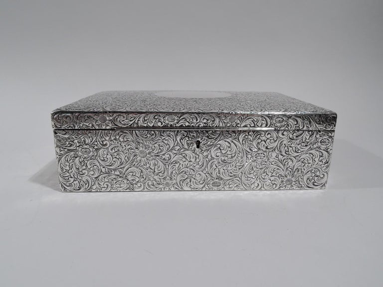 Antique American Art Nouveau Sterling Silver Jewelry Box In Excellent Condition For Sale In New York, NY