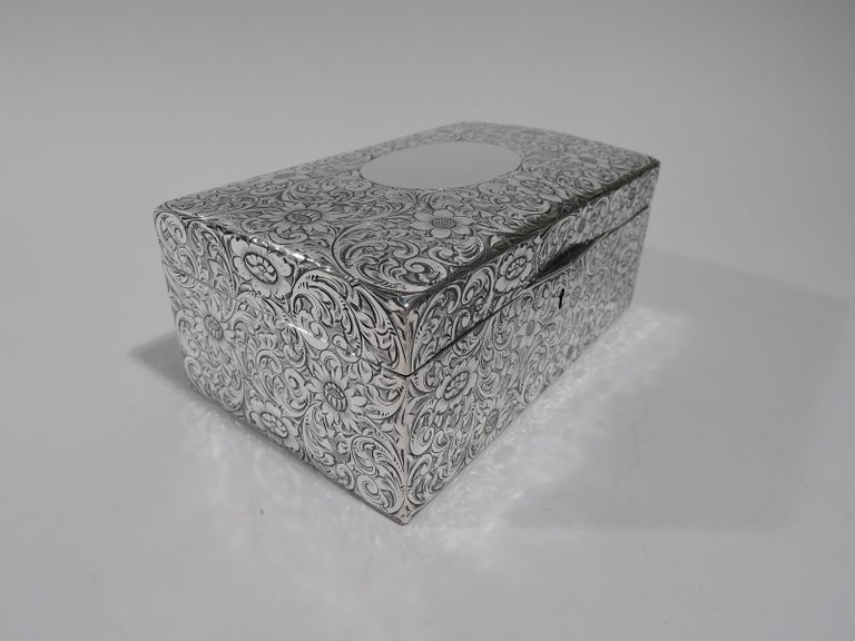 Antique American Art Nouveau Sterling Silver Jewelry Casket Box In Excellent Condition In New York, NY