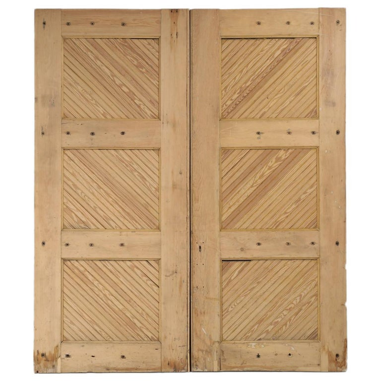 Antique American Barn or Garage Doors from the 1890s For Sale - Antique American Barn Or Garage Doors From The 1890s For Sale At 1stdibs