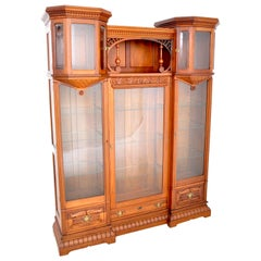 Antique American Eastlake Walnut Breakfront Bookcase/Hutch/Cabinet, circa 1890