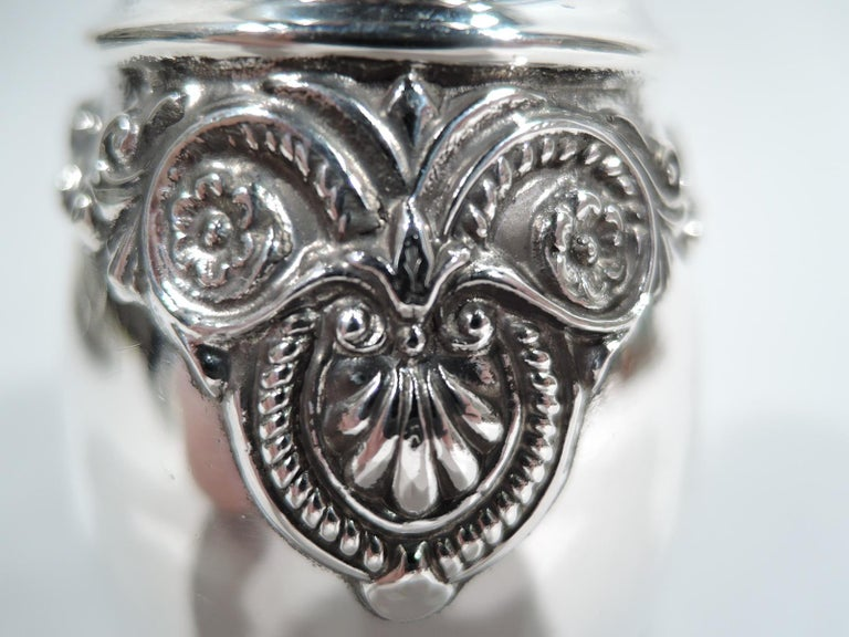 Antique American Edwardian Classical Sterling Silver Sugar Shaker For Sale 1