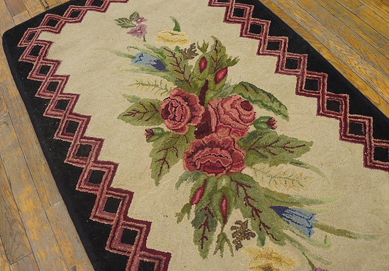 Antique American Hooked Rug In Good Condition For Sale In New York, NY