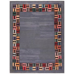 Antique American Hooked Rug. Light Blue. Size: 6 ft 8 in x 8 ft 8 in