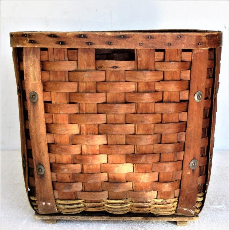 Antique  American Large Splint Basket, Circa 1900 For Sale 4