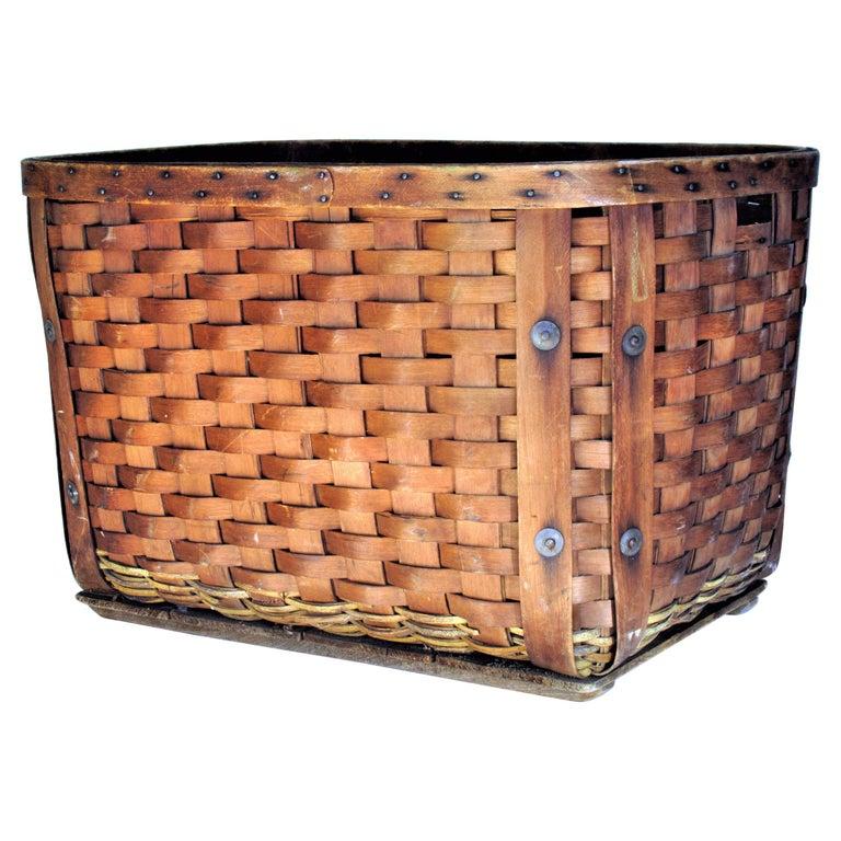 Antique  American Large Splint Basket, Circa 1900 For Sale