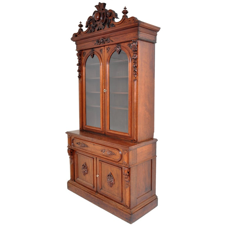 Antique American Renaissance Revival Carved Walnut Secretary Desk Bookcase, 1870 In Good Condition For Sale In Portland, OR
