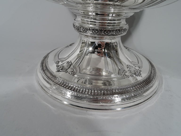 Antique American Sterling Silver Centerpiece Bowl on Plateau For Sale 2