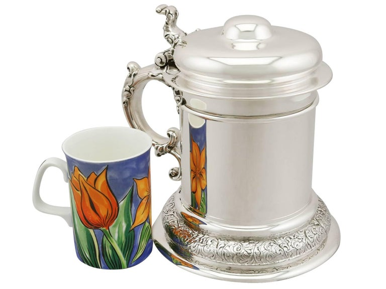 An exceptional, fine and impressive antique American sterling silver quart tankard; an addition to our range of collectable silverware