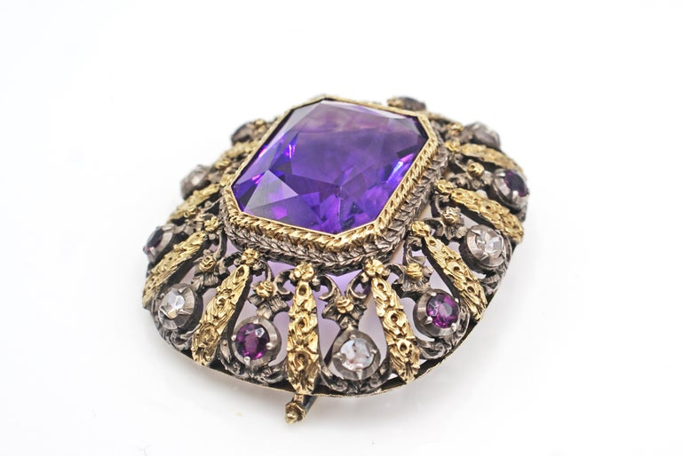 Antique Amethyst Rose Cut Diamond 18 Karat Gold Silver Brooch In Excellent Condition For Sale In New York, NY