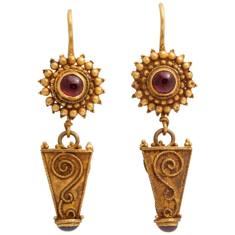 Antique Ancient Roman Gold and Garnet Earrings For Sale