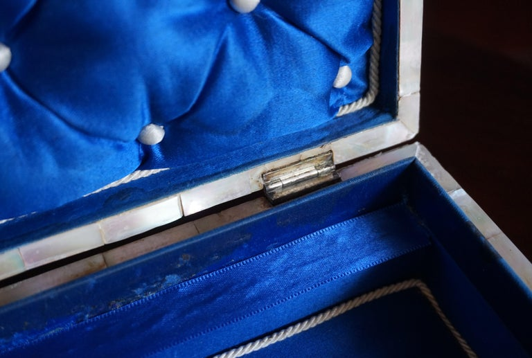 Hand-Crafted Antique and Extra Large Mother of Pearl Jewelry Box with Silver Lock and Hinges For Sale